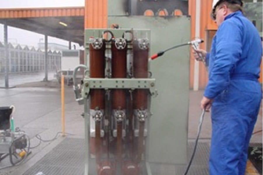 rengörare för elektriska komponenter och installationer